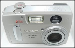 2001 : dimage e203