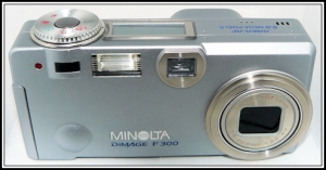 2003: dimage f300